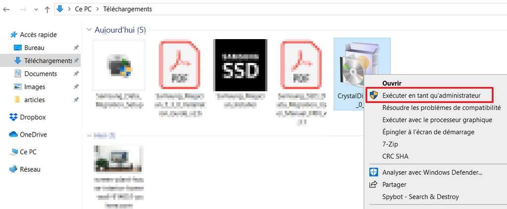 Dans le dossier de téléchargement, trouvez CrystalDiskMark et exécutez-le en tant qu'administrateur. © Windows