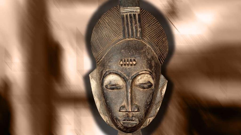 Masque baoulé en bois