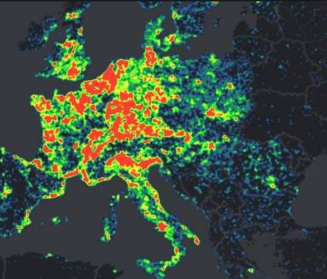 Avec son Microsoft Cybercrime Center, l'éditeur mobilise une équipe de 110 personnes spécialisées dans les menaces issues d'Internet pour lutter en temps réel contre la cybercriminalité. Il dispose pour cela d'outils maison, dont celui qui lui a déjà permis de neutraliser une partie du réseau de botnets Citadel en juin dernier. Cette carte représente l'intensité de l'activité qu'a connue ce réseau en France et dans les pays voisins. © Microsoft