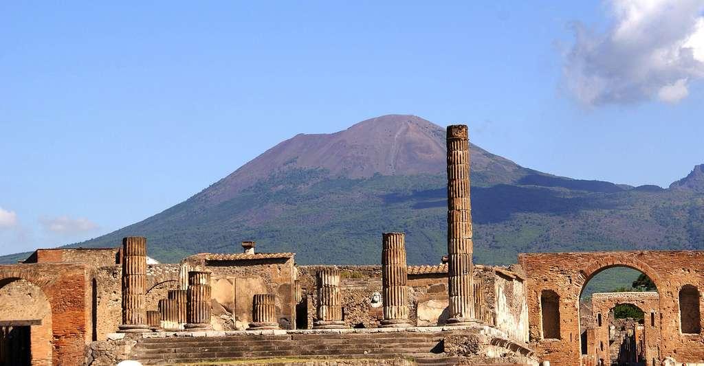 Vue sur les ruines de Pompéi, une ville chargée d'histoire. © DP