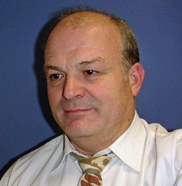 Le docteur Pierre Cesaro est le chef du service de neurologie à l'hôpital Henri-Mondor à Créteil. Il est l'un des spécialistes français de la maladie de Parkinson. © DR