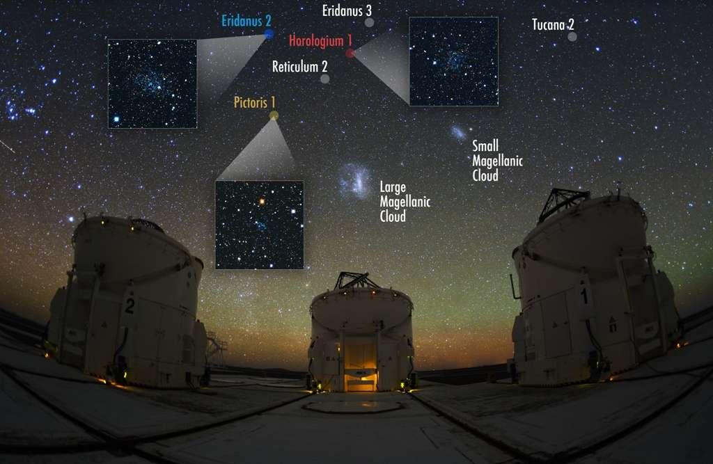 Les Nuages de Magellan sont bien visibles sur cette photo prise dans le désert de l'Atacama, au Chili, sur le site de l'observatoire du Paranal où se trouve le VLT de l'Eso. Six des nouveaux objets découverts à proximité de la Voie lactée sont représentés, accompagnés de photos pour les plus brillants d'entre eux. © V. Belokurov, S. Koposov (IoA, Cambridge). Photo : Y. Beletsky (Carnegie Observatories)