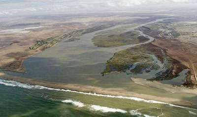 Orange river mouth South African Wetlands Conservation Programme. © DR