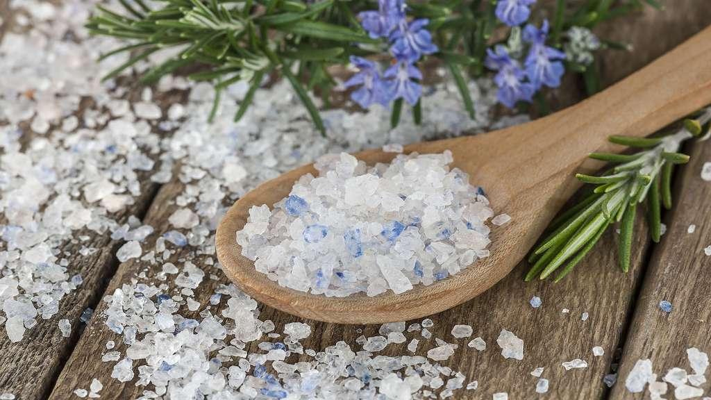 Un sel extrêmement rare, teinté de bleu