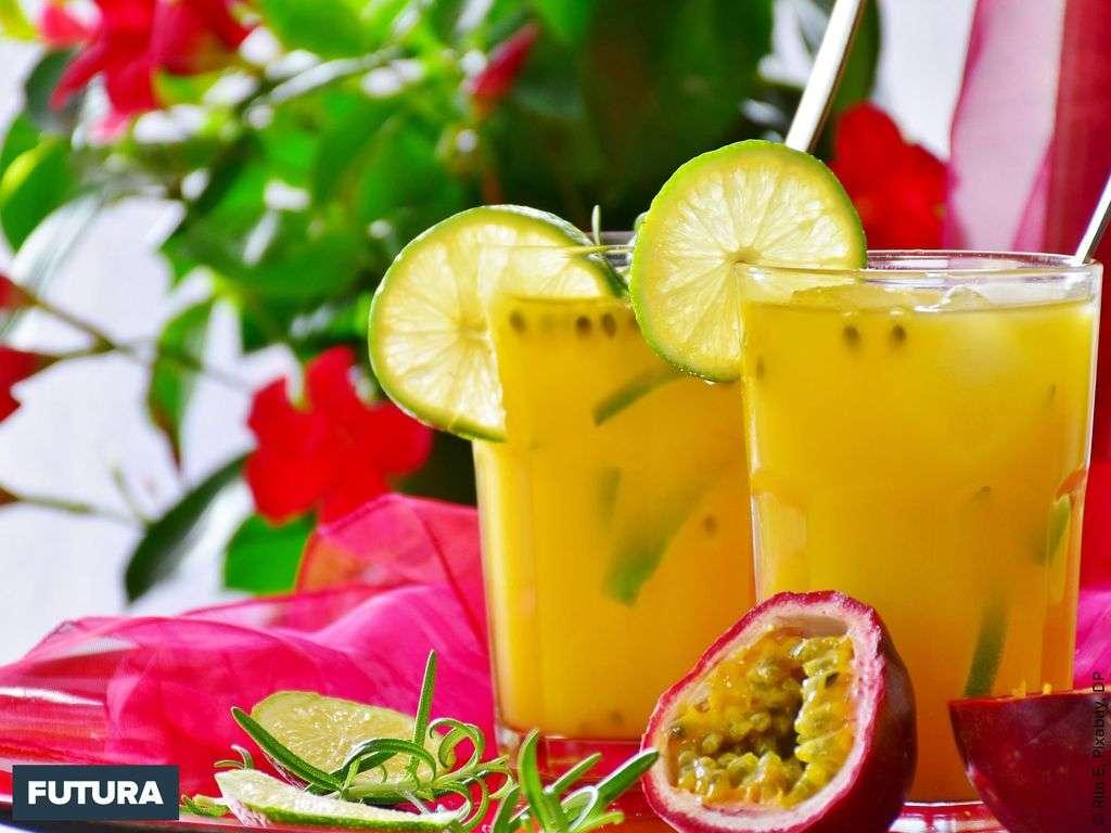 Jus fraîcheur, fruits de la passion, citron vert