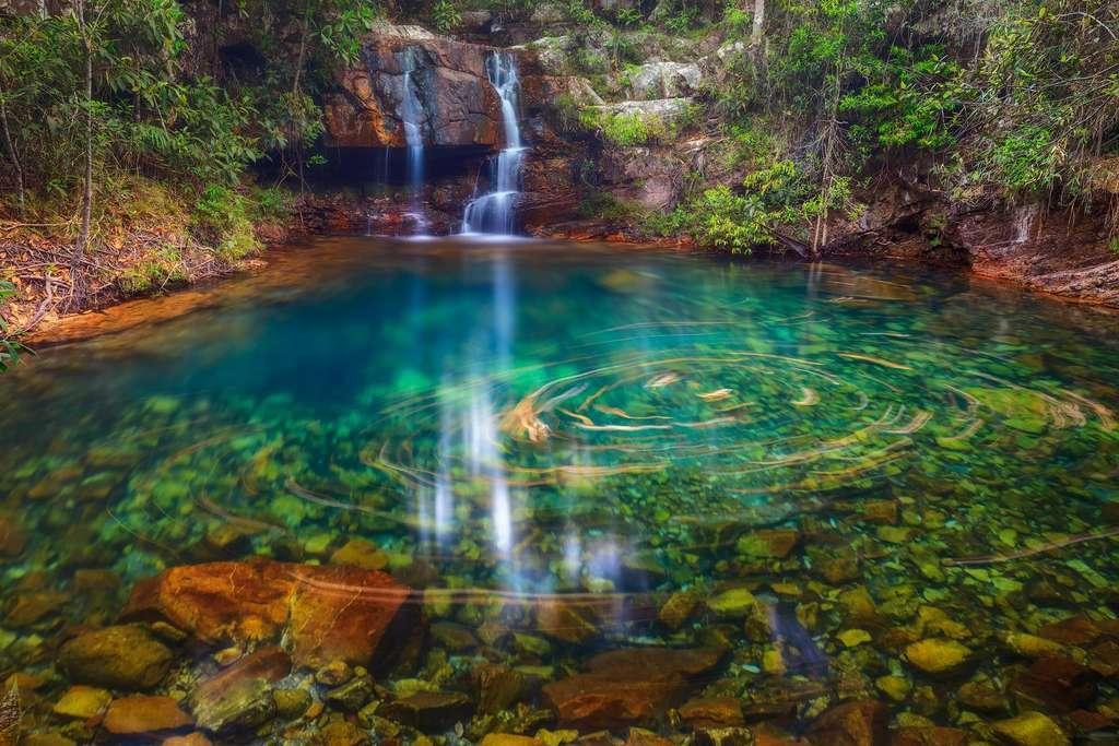 La savane du Cerrado et sa cascade illuminée