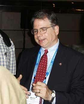 Bruce Margon, directeur associé du Space Telescope Science Institute, à l'IAC 2004. © Espace Magazine