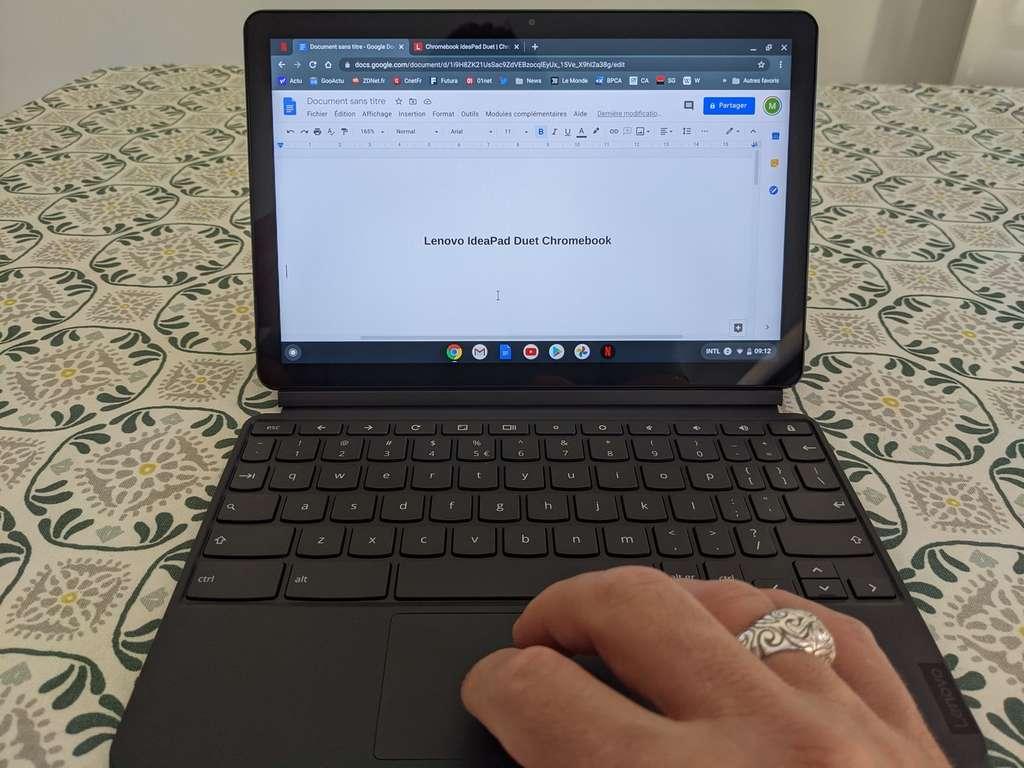 Le clavier offre un contact agréable, mais certaines touches sont vraiment étroites. © Marc Zaffagni