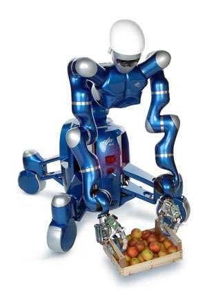 Le robot anthropomorphe Justin et sa base à roues à géométrie variable. © Courtesy of DLR