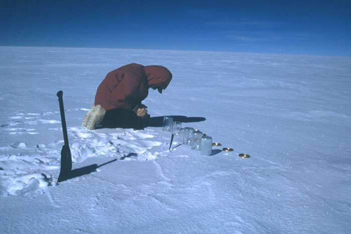 Prélèvement de neige de surface