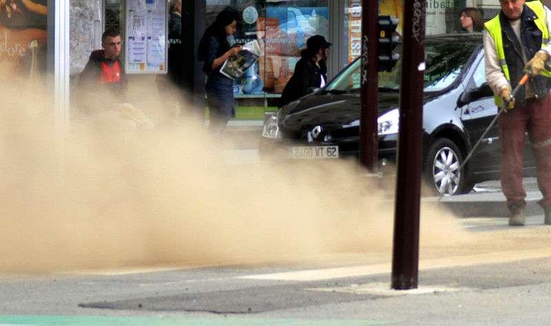 Les travaux publics sont d'importants facteurs d'émission de particules fines dans l'air, les fameuses PM10. © Lamiot, GNU 1.2