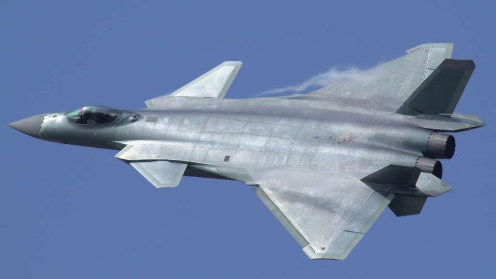 Le Chengdu J-20