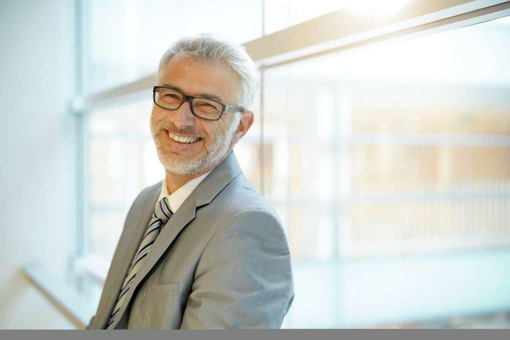 Grâce au portage salarial, les consultants en innovation vont pouvoir augmenter leurs revenus à l'aide d'un modèle économique bien encadré. © goodluz, Adobe Stock