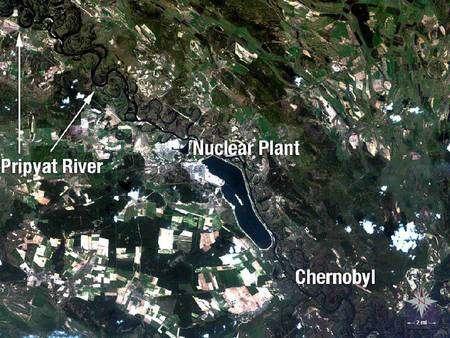 La région de Tchernobyl, photographiée par Landsat en 1989, juste après l'explosion de la centrale nucléaire. Crédit Nasa/USGS