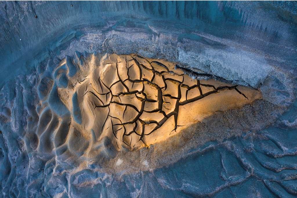 Snowbreak. © Juan Jesús González Ahumada, BigPicture Natural World Photography Competition