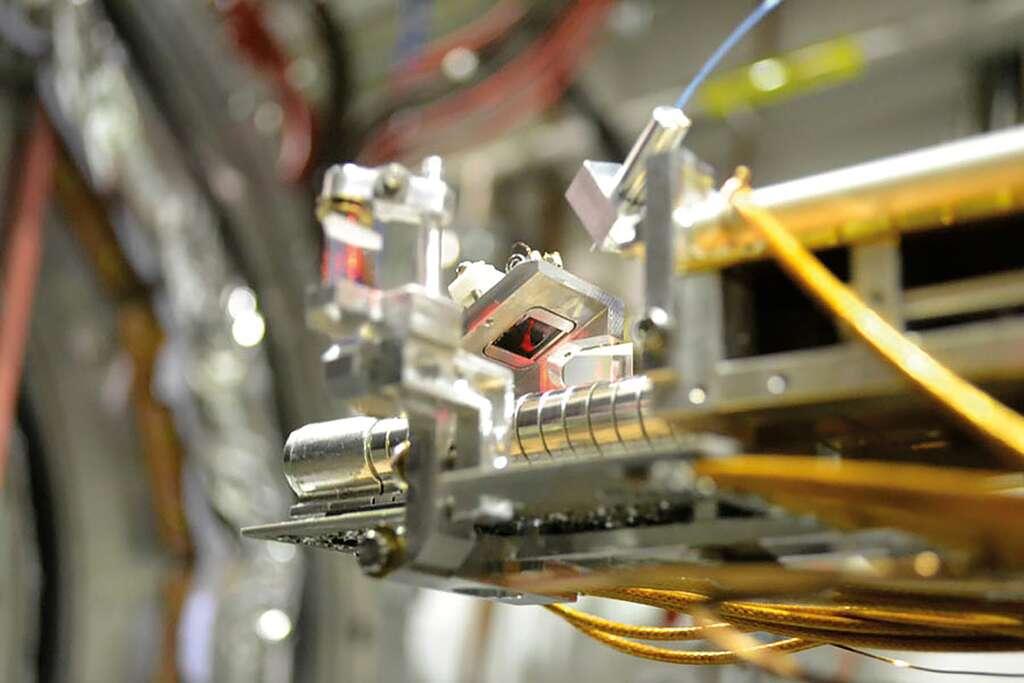 L'expérience Aegis du Cern est capable d'explorer la nature intriquée de plusieurs photons provenant de l'annihilation du positronium et est l'un des nombreux exemples de recherches existantes au Cern avec les technologies quantiques. © Cern