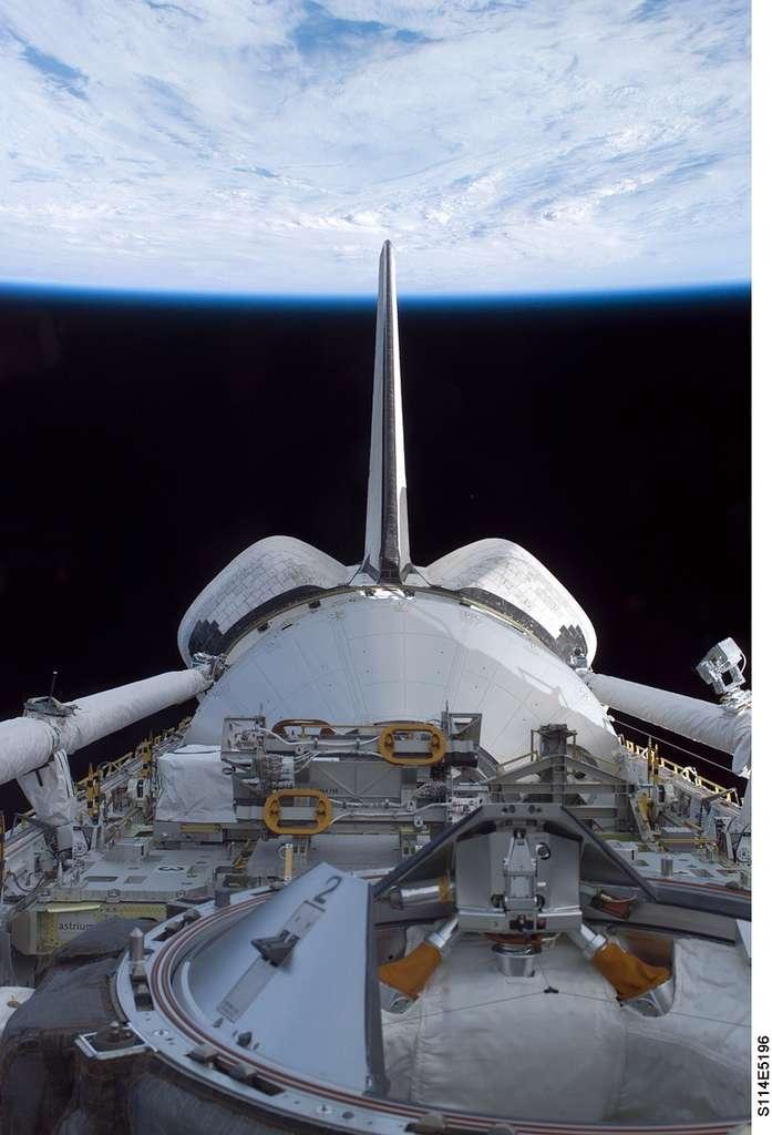 Vue de la Terre depuis Discovery
