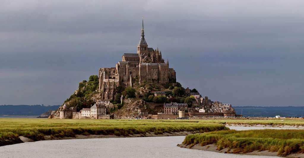 Le Mont-Saint-Michel vu du Couesnon. © Diliff, CC by-nc 3.0