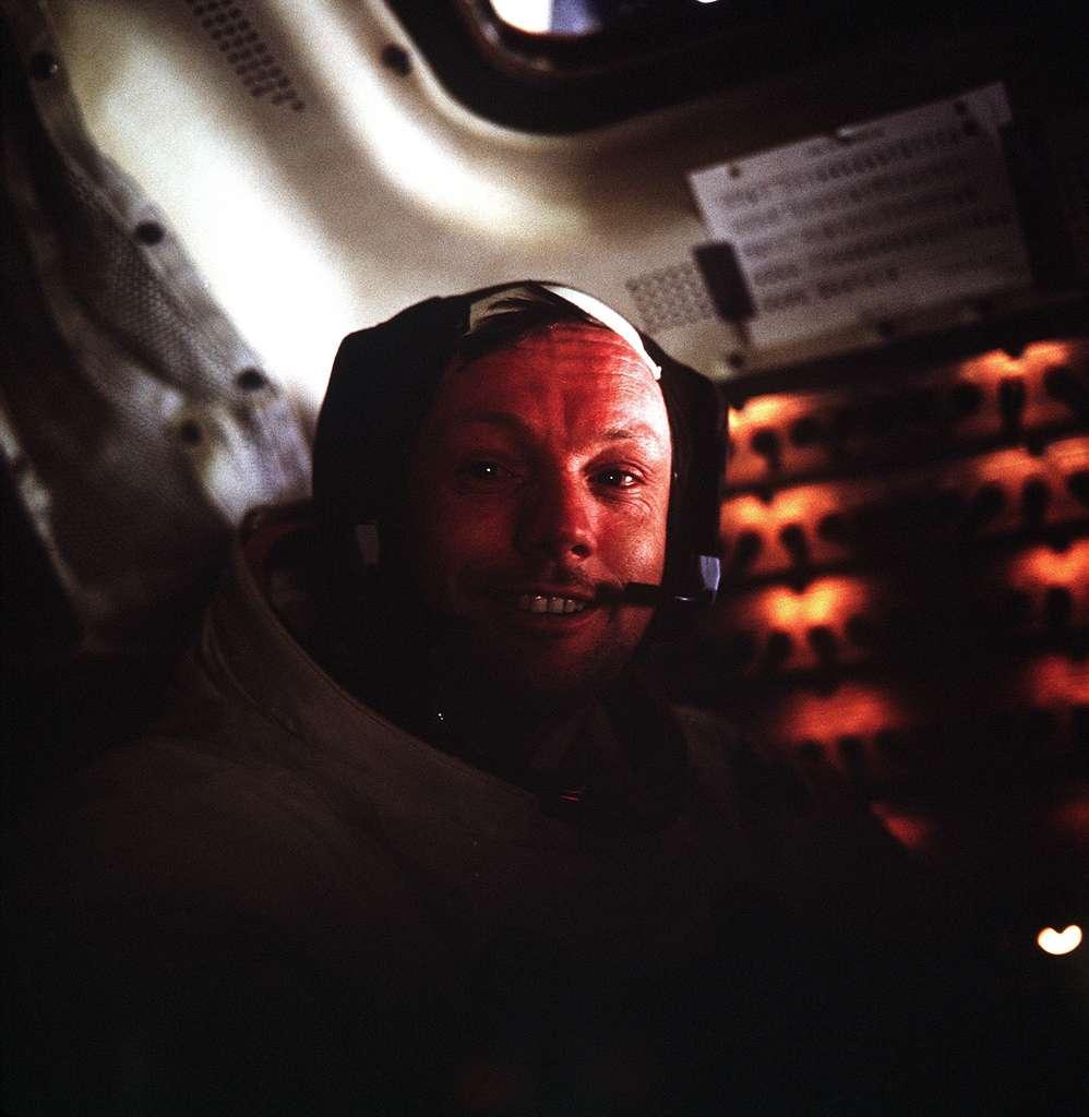 Portrait d'Armstrong à bord du LM