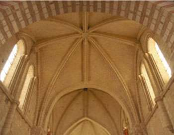 Voûtes restaurées de Saint-Martin d'Angers.