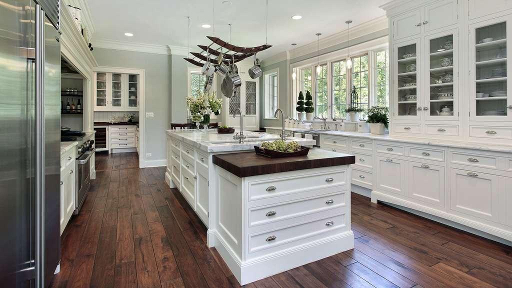 Une cuisine style cottage de luxe