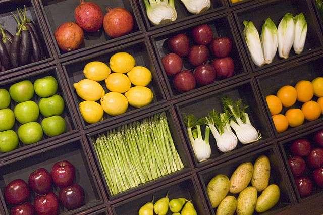 De beaux légumes ou de bons légumes ? Attribution-ShareAlike 2.0 Generic_by_karimi