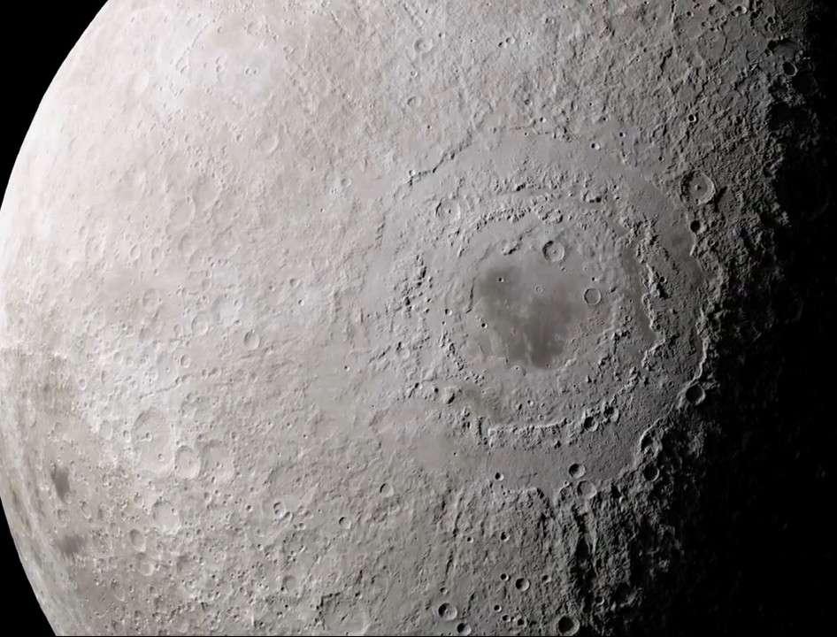 Mare Orientale est un grand bassin d'impact formé il y a plus de 3 milliards d'années, difficile à étudier depuis la Terre. © Nasa