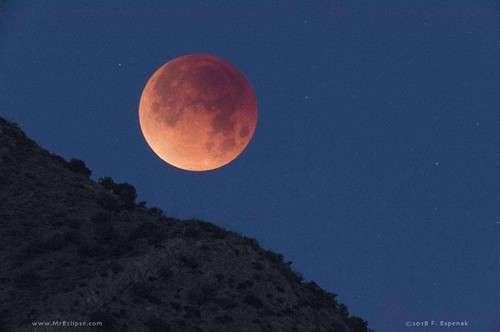 Éclipse totale de Lune, visible depuis une grande partie du continent américain, l'océan Pacifique, l'Australie, l'Asie
