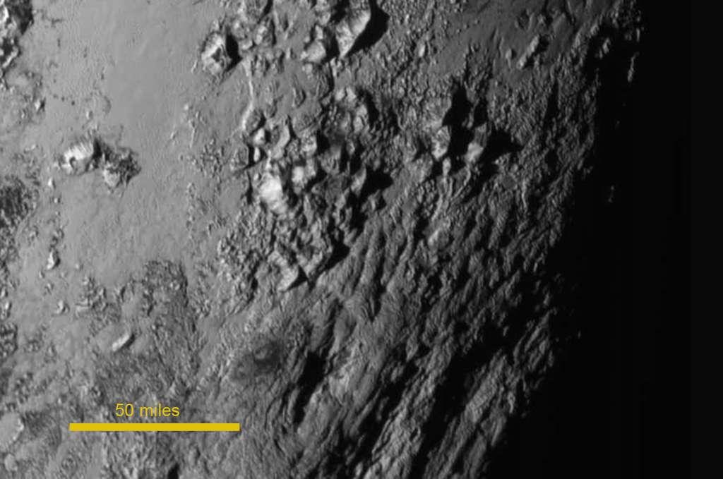 Les montagnes de glace de Pluton