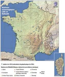 RéNaSS : Le site central de RéNaSS se trouve à l'école et Observatoire des sciences de la Terre (EOST) à Strasbourg. Le réseau du Laboratoire de détection et de géophysique du CEA-DASE (LDG) est localisé à Bruyères-le-Chatel (Essonne). Le Réseau accélérométrique permanent (RAP) est en cours de constitution à l'Observatoire des sciences de l'Univers de Grenoble (OSUG) dans le cadre d'un Groupement d'intérêt scientifique comprenant plusieurs universités et organismes (INSU-CNRS, BRGM et CEA). Stations sismologiques LDG et RéNaSS. © Données BCSF 2001