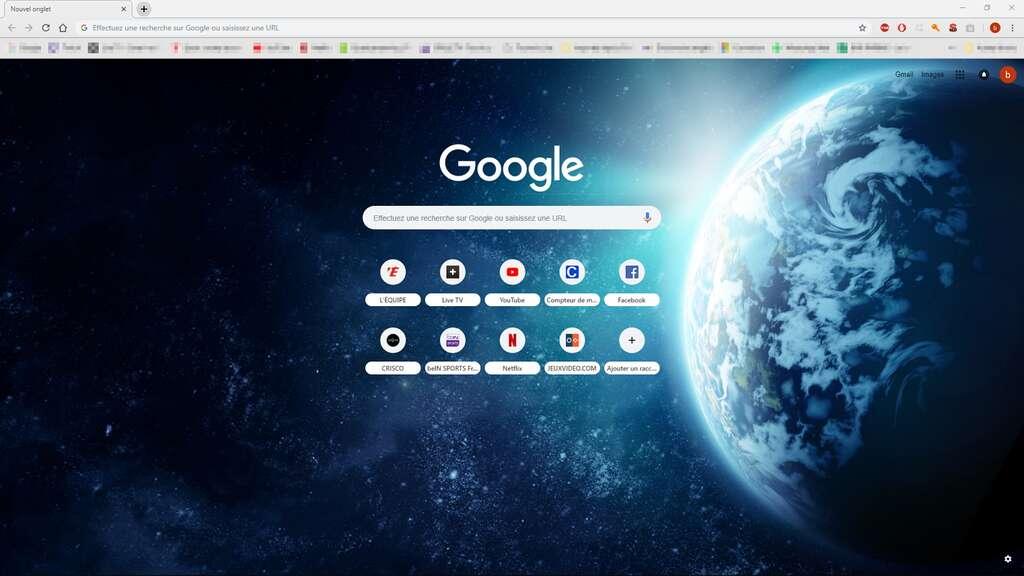 Le thème choisi s'affiche pour chaque page Nouvel onglet qui s'ouvre. © Google