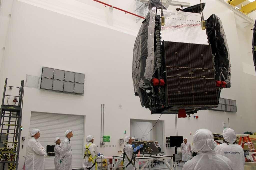 Le satellite SES-8 construit par Orbital Sciences. Il devrait être placé sur une orbite géostationnaire dans le courant de la semaine. © SpaceX