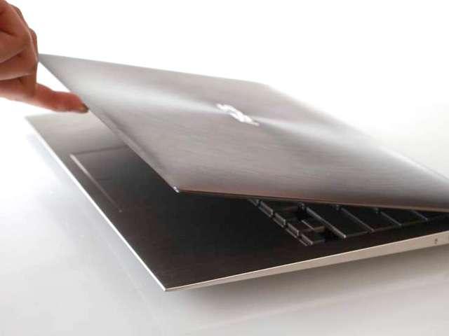 L'Asus UX Series veut préfigurer une famille de portables ultralégers capables de concurrencer les tablettes. © Asus