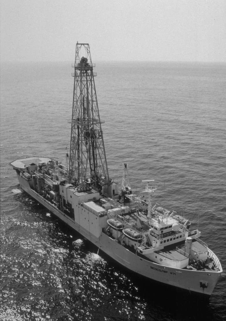 Le Joides Resolution, navire foreur d'IODP. © ODP, Wikimedia Commons