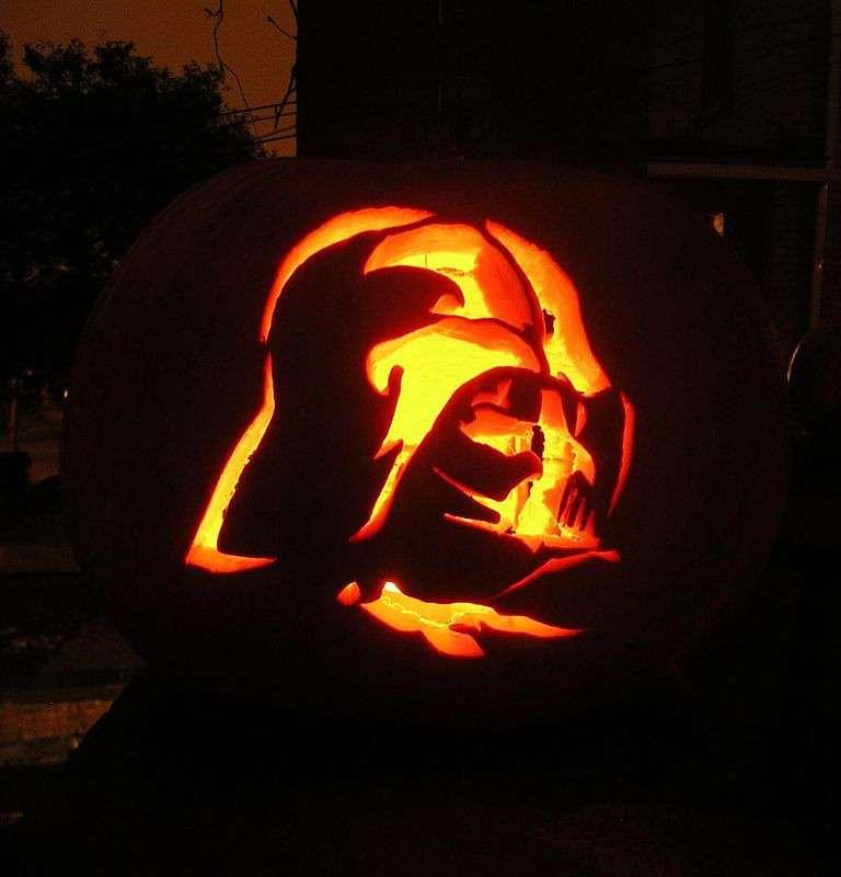 Une citrouille Dark Vador pour Halloween