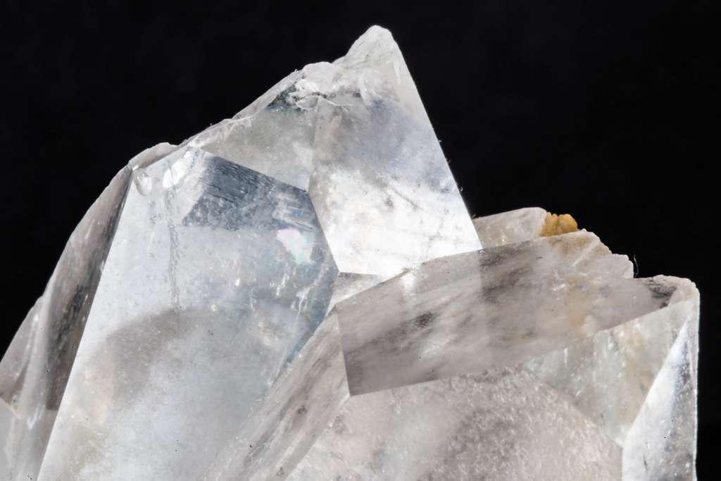 Le quartz est un minéral du groupe des silicates. © Kevin Bowman, Flickr