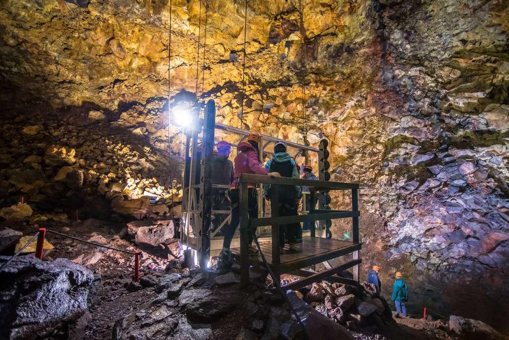 Voyage au centre de la Terre : une chambre magmatique