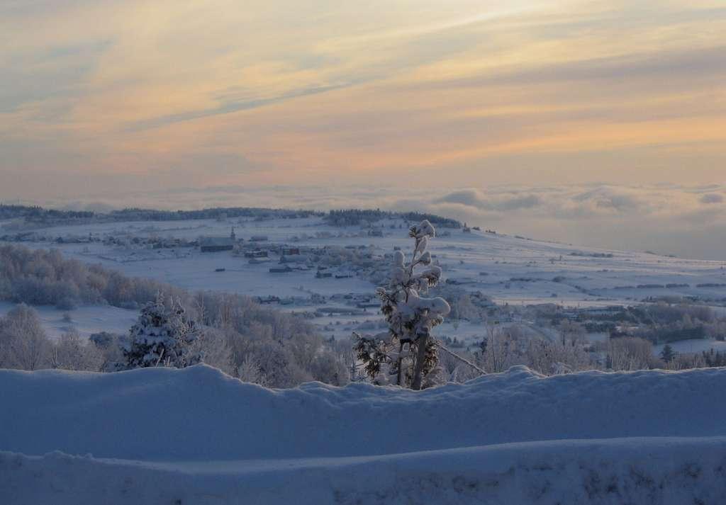 Les Éboulements, une municipalité de la région de Charlevoix, ici sous la neige. © Jean-Philippe Tremblay, Wikimedia Commons, GNU 1.2