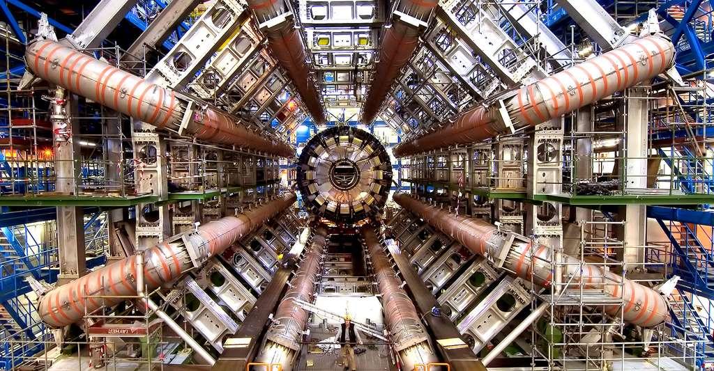 Le Cern (européen) a construit le grand collisionneur de hadrons (LHC), le plus puissant accélérateur de particules encore créé par les humains. © Maximilien Brice, Cern