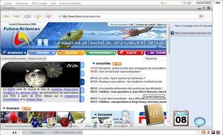 Des onglets en haut, un dock de Mac en bas : l'ergonomie de MyBooo reprend des thèmes connus. Quelques applications sont disponibles, celles de la suite Zoho. On voit ici le navigateur, qui peut afficher à droite la liste des favoris. On retrouvera ce bureau à chaque connexion.