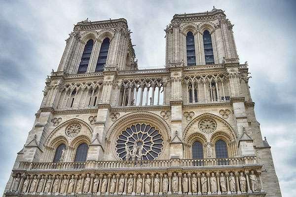 Vue sur les deux tours de Notre-Dame de Paris. © Digital341, Pixabay, DP