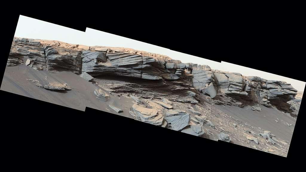 Des pauses pourront être aménagées dans le road trip estival de Curiosity sur Mars. Si un site intéressant était identifié sur son trajet. Comme de petites bosses formées par de l'eau, au centre de cette image, et découvertes en février de cette année. © Nasa, JPL-Caltech, MSSS