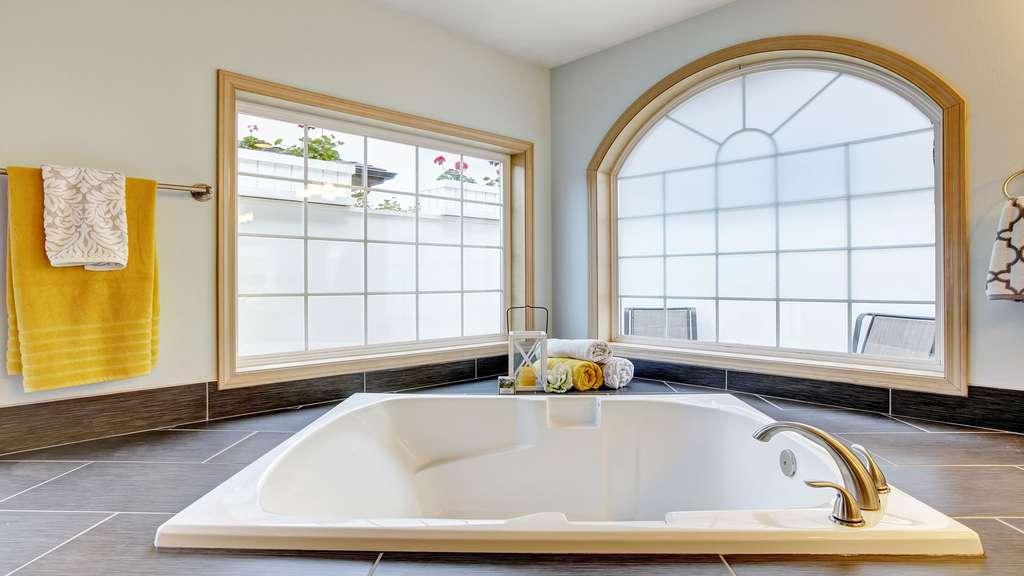 Une baignoire taille XL