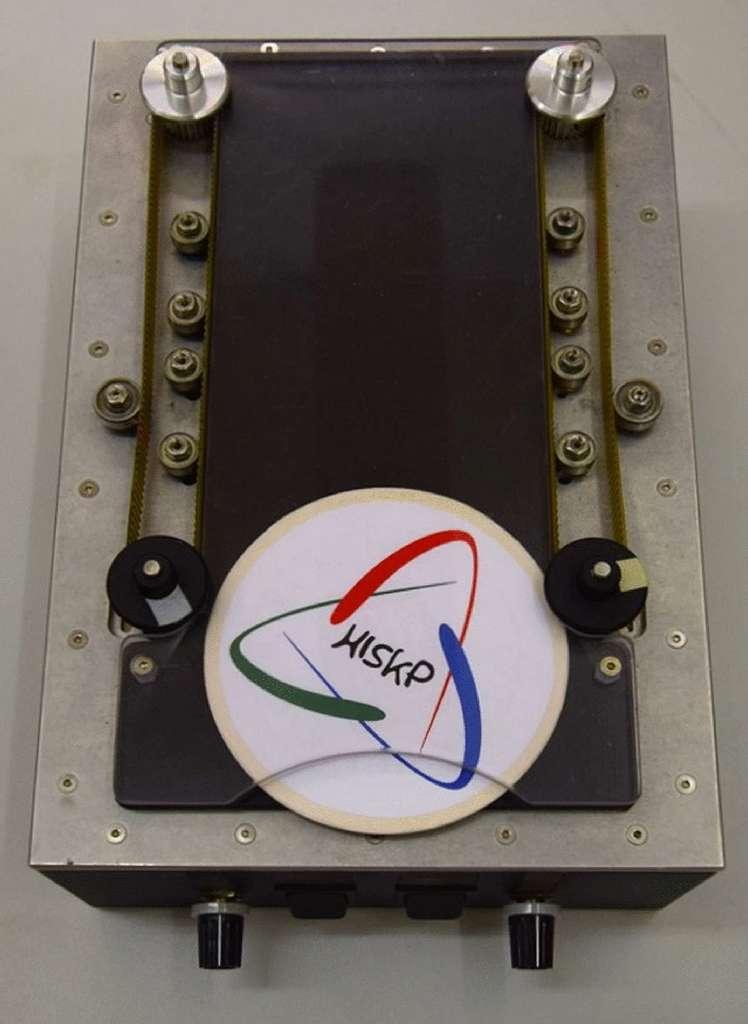 Les chercheurs ont construit un lanceur à sous-bocks pour valider expérimentalement leurs calculs théoriques. © Johann Ostmeyer, The European Physical Journal Plus, 2021