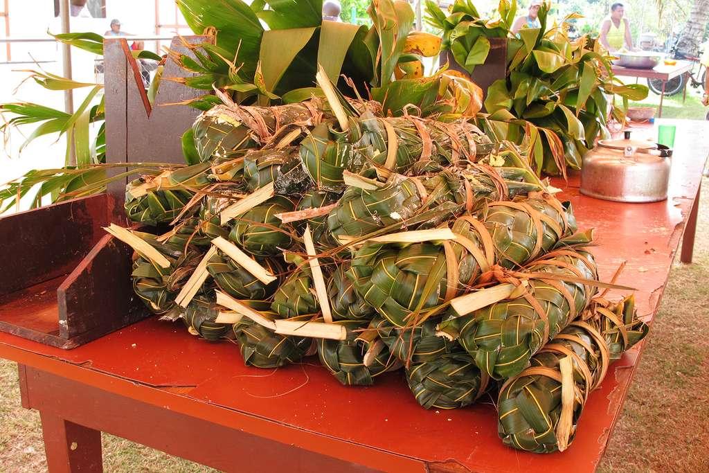 Paquets prêts pour le four tahitien
