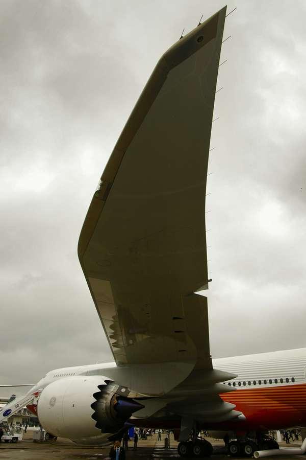 Plus gros avion de la gamme Boeing, le 747-8i affiche une envergure de 68,45 mètres (contre 79,80 pour l'A380) et une longueur record de 76,25 mètres (72,70 pour l'A380). © David Barrie/AeroWeb-fr.net