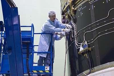 L'ATV à l'épreuve du son, au Large European Acoustic Facility (Crédits : ESA - Anneke Le Floc'h)