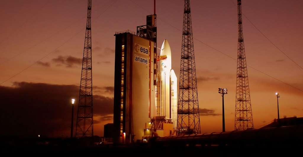 Ariane 5 sur son pas de tir du Centre Spatial Guyanais. © Esa / S. Corvaja