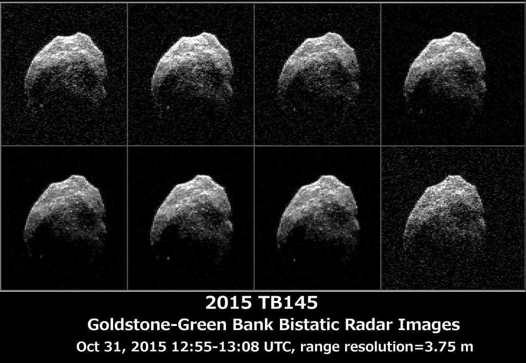 Huit images radar de l'objet 2015 TB145 acquises le 31 octobre 2015 lorsqu'il était entre 710.000 et 690.000 km de la Terre. La surface de ce qui est probablement un noyau cométaire épuisé apparait plus détaillée, montrant ses aspérités et des points plus brillants qui pourraient être des rochers. La résolution est de 3,75 m par pixel. © Nasa, JPL-Caltech, GSSR, NRAO, GB