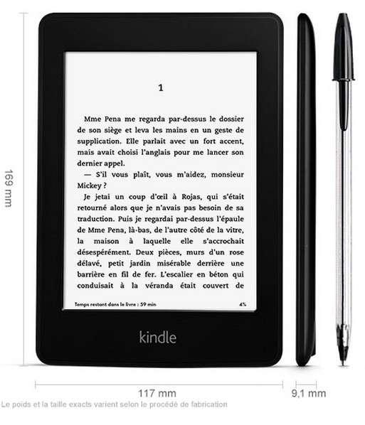 La nouvelle liseuse Kindle Paperwhite apporte un écran dont le contraste a été accentué pour améliorer le confort de lecture. Amazon assure qu'elle est aussi 30 % plus légère que l'iPad-mini d'Apple. © Amazon